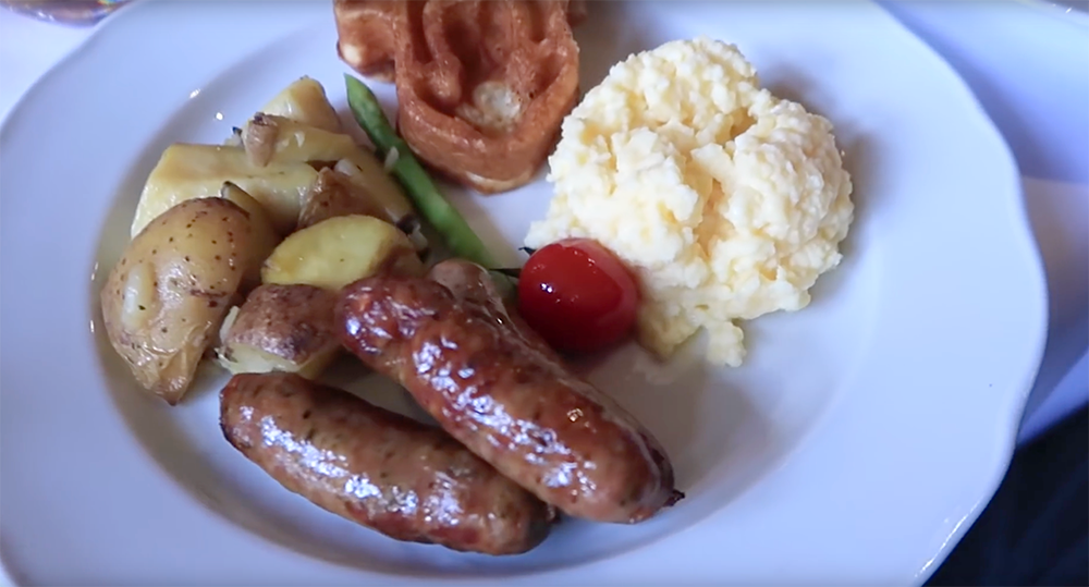 auberge de cendrillon breakfast with meat sausages